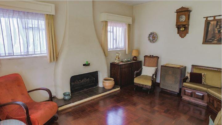 83 Herbert Baker living room